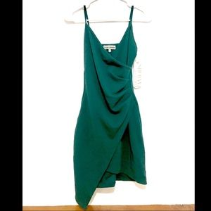 Dresses & Skirts - Sale 50% off🌸New Dress